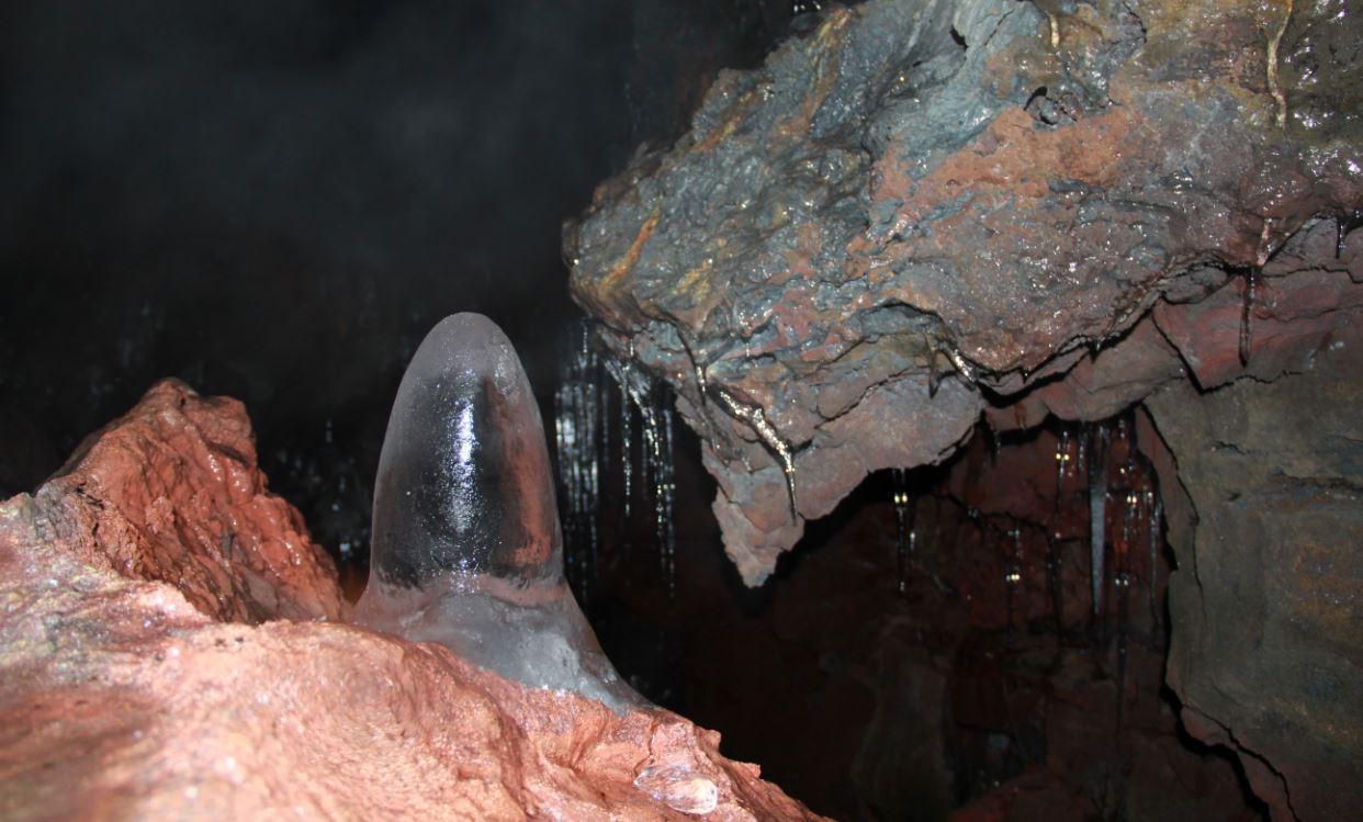 Icelandmagic 187 Raufarh 243 Lshellir Cave Tour